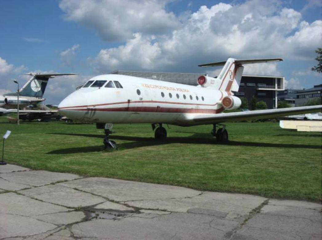 Jak-40 nb 037 Muzeum Lotnictwa Polskiego Czyżyny. 2009 rok. Zdjęcie Karol Placha Hetman