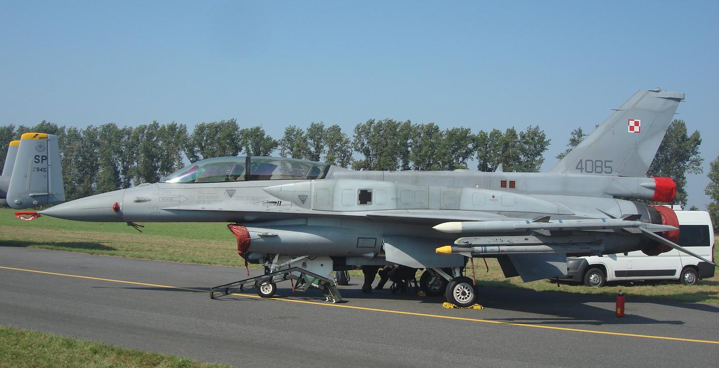 F-16 Jastrząb nb 4085. 2011 rok. Zdjęcie Karol Placha Hetman