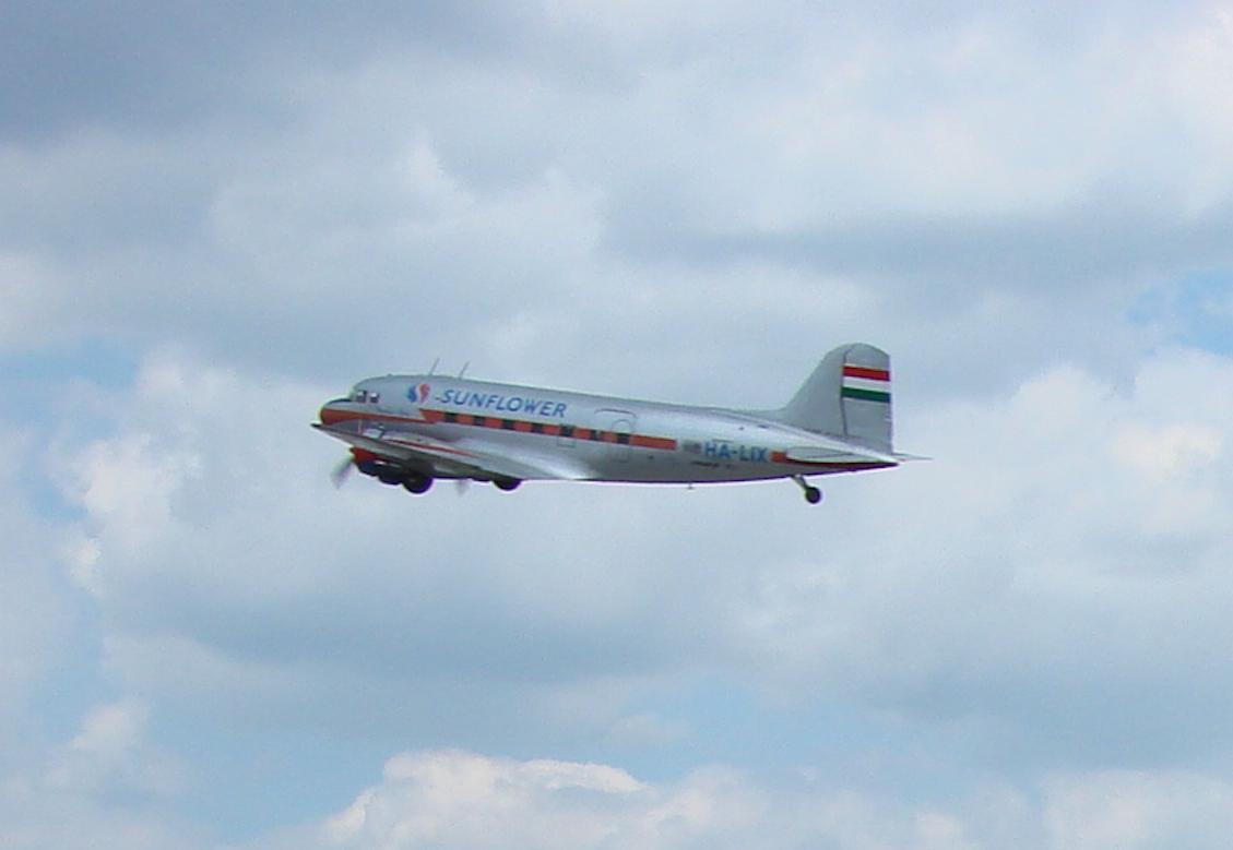 Li-2 rejestracja HA-LIX węgierski nad muzeum-lotniskiem Czyżyny.2008 rok. Zdjęcie Karol Placha Hetman