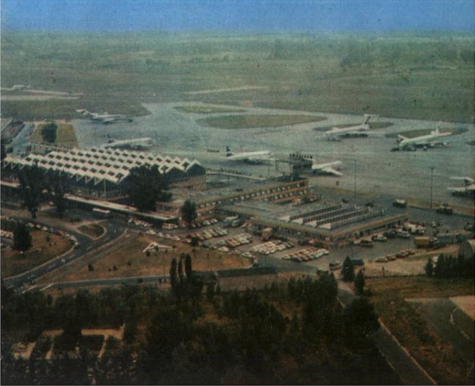 Okęcie 1977 rok. Zdjęcie LAC