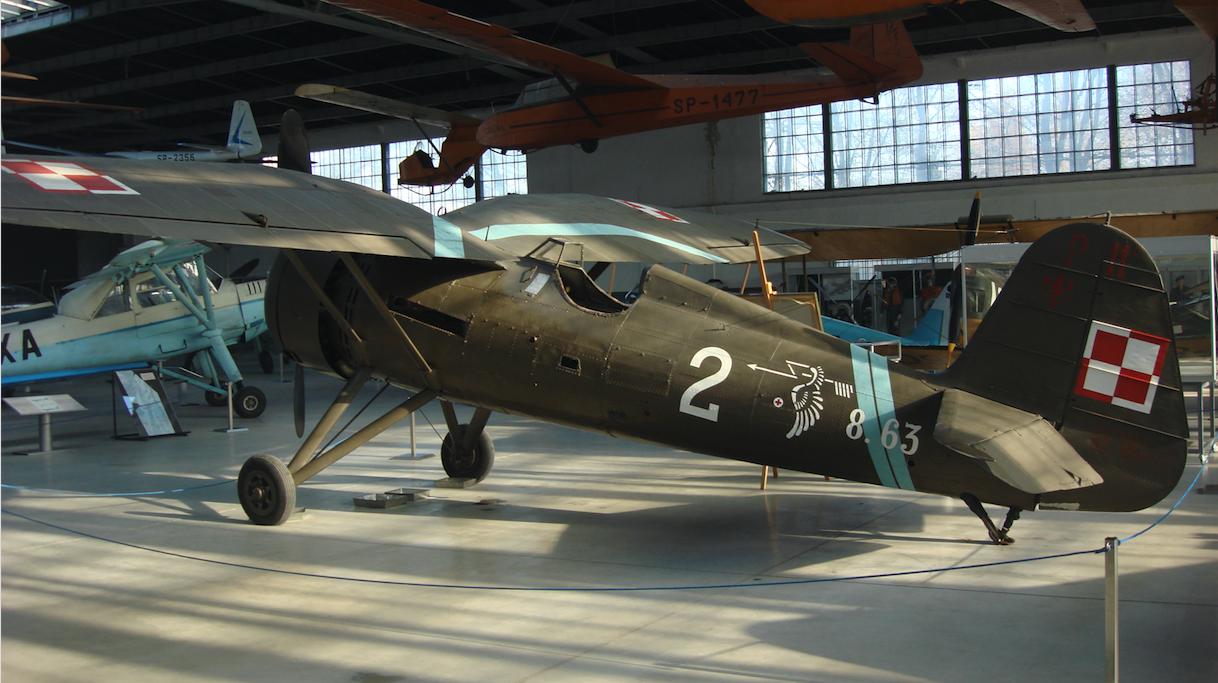 [ CINEMA4D ] (WIP) Avion PZL P11c (Pologne 1931) 5f7fd8b07ca40bc68a36a8950634e866bca48a35