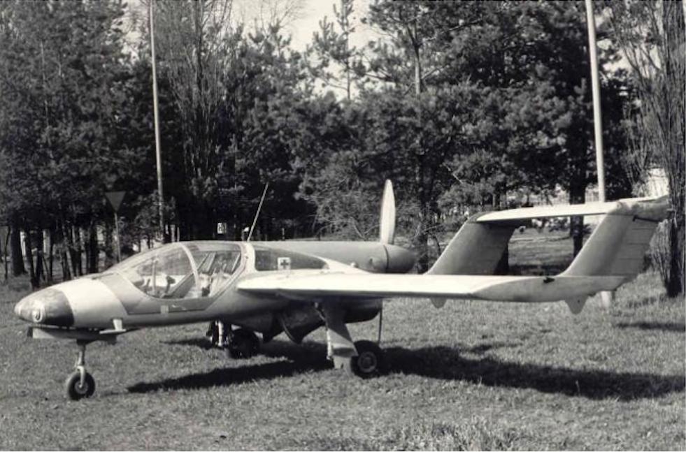 PZL M-17. Zdjęcie LAC