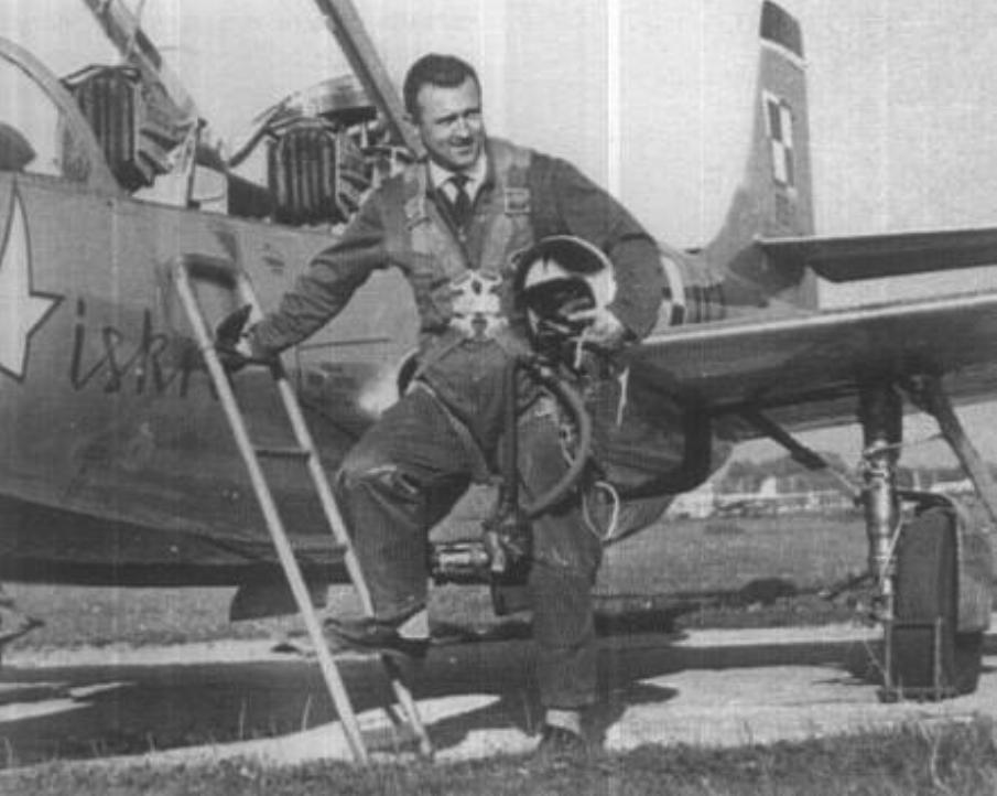 Andrzej Abłamowicz po rekordowym locie 1964 rok. Zdjęcie LAC