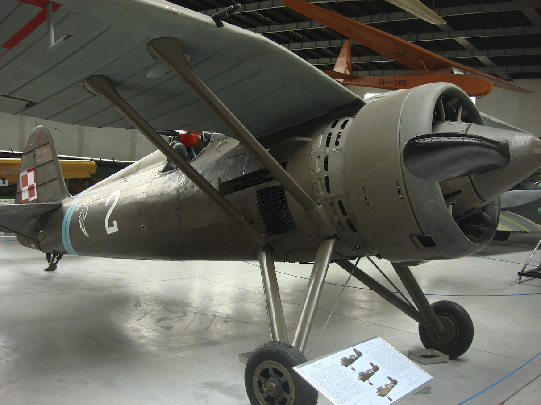 [ CINEMA4D ] (WIP) Avion PZL P11c (Pologne 1931) 8a617df3321cf555249472031c985eccfa1498e1