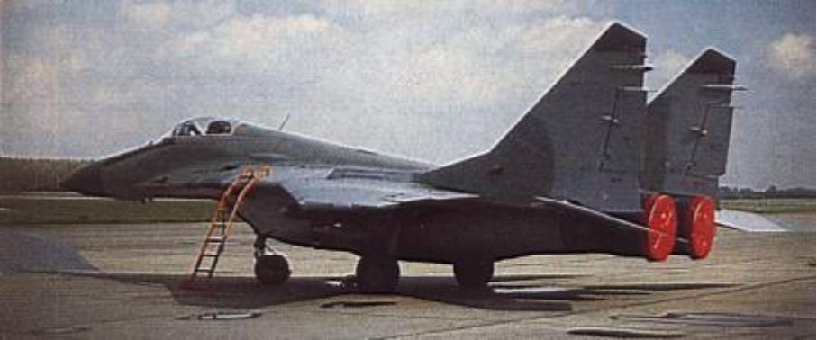 MiG-29 (9.12) drugiej partii 2.10.1990 rok. Zdjęcie LAC