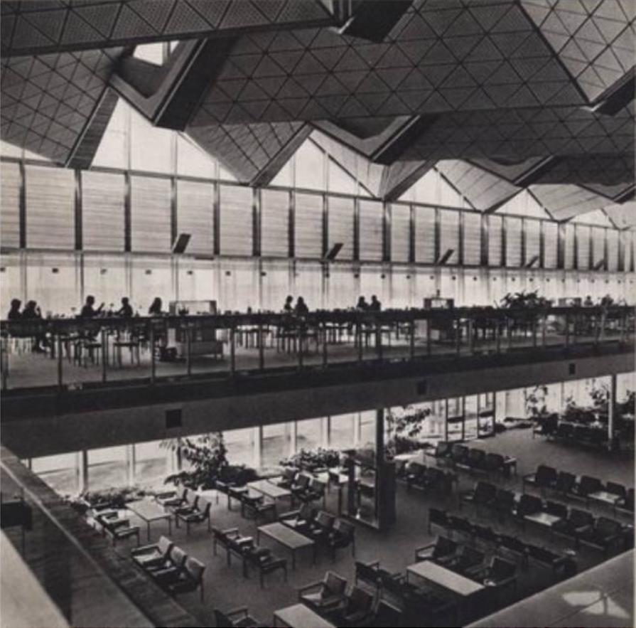 Wnętrze MDL Okęcie. 1969 rok. Zdjęcie LAC