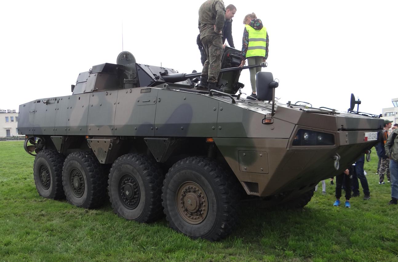 A cart with a 30 mm gun. Rosomak Inowrocław 2019. Photo Karol Placha Hetman