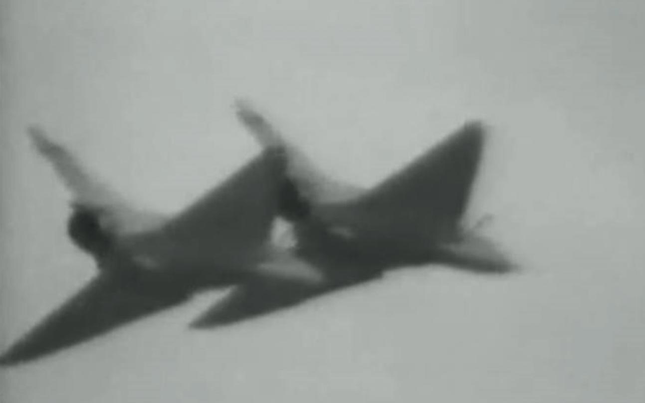 Mirage 2000  Lotnisko Ławica 1991 rok. Zdjęcie LAC
