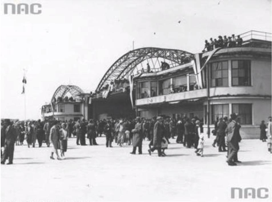 Lotnisko Okęcie. 29 kwiecień 1934 roku. Zdjęcie NAC